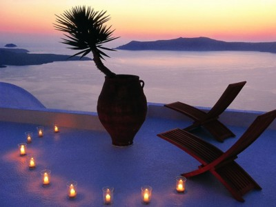 candles in santorini